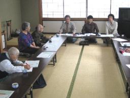 錦織県議も参加して開かれた議会報告会